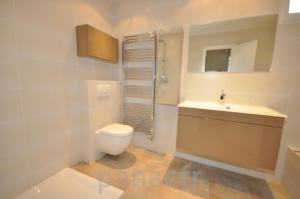Mobilier salle de bain meilleures images d 39 inspiration for Mobilier salle de bain