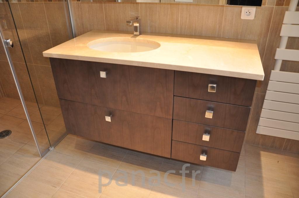 Mobilier salle de bain sur mesure en bois - Mobilier de salle de bain en bois ...