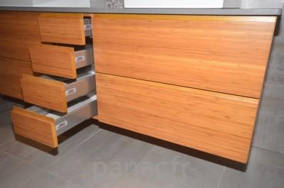 Mobilier salle de bain sur mesure en bois